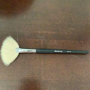 2/$15 MORPHE Large Soft Fan Brush M310